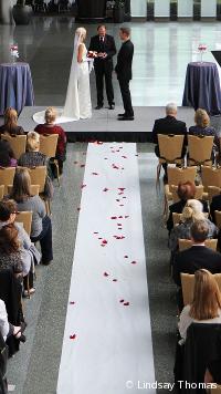 McCawHall-Wedding_LindsayThomas025.JPG